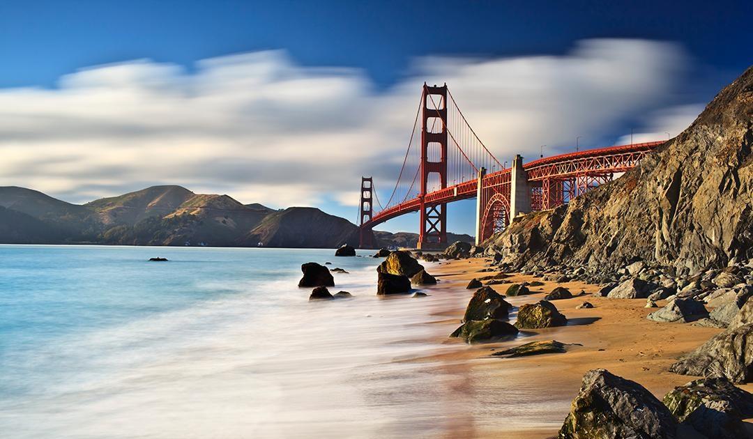 עם התה והלימון והספרים הישנים: נוחת בסן פרנסיסקו על המים / יניר רובינשטיין
