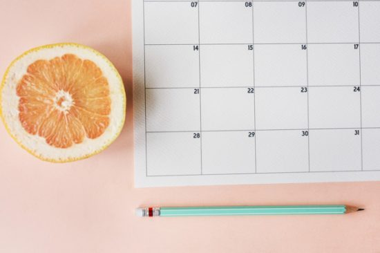 חסר מאפיין alt לתמונה הזו; שם הקובץ הוא calendar-appointment-agenda-schedule-planner_53876-31530-550x366-1-550x366.jpg